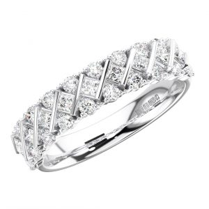 BAR SET ROUND AND PRINCESS CUT DIAMONDS WHITE GOLD HALF ETERNITY RING